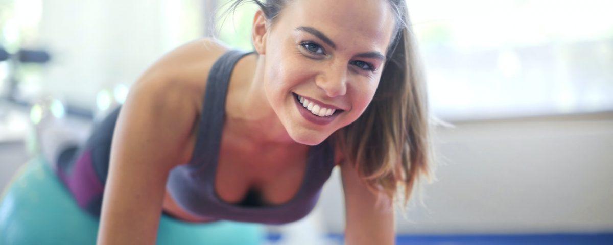 Como o exercício pode melhorar a saúde bucal?